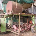 Joe and Peter Tobacco's Farm - un'altra vecchia macchina raccogli tabacco