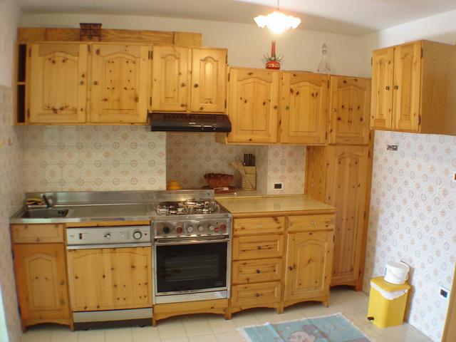 Appartamento in affitto a daiano val di fiemme foto e for Siti cucina